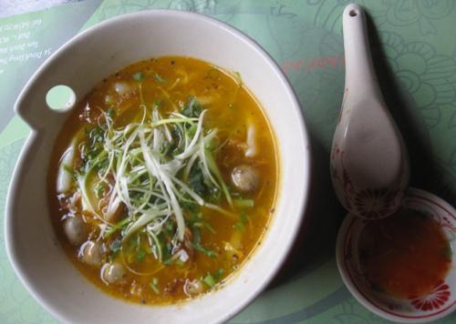 Điểm danh bánh canh hải sản ở Sài Gòn