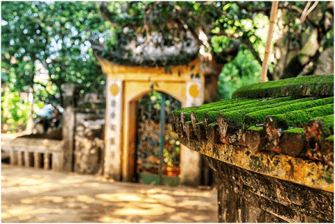 Những mái nhà rêu phong cổ kính