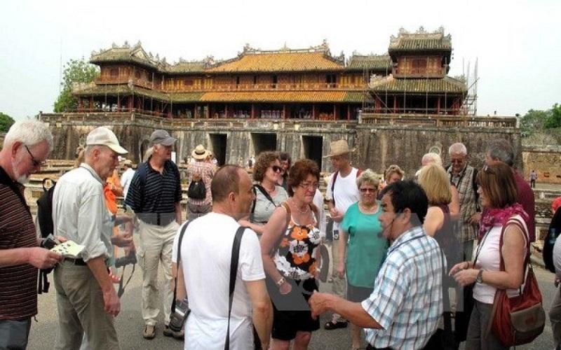 Huế là điểm đến yêu thích của nhiều du khách nước ngoài
