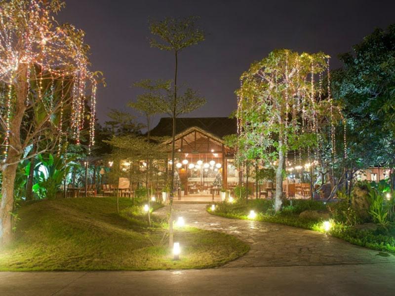 Nhà hàng thiết kế theo phong cách resort
