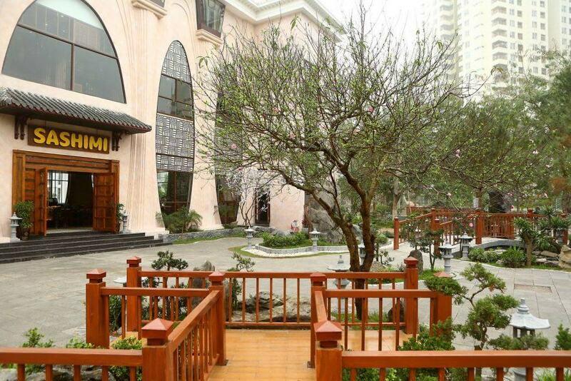 Sashimi BBQ Garden là nhà hàng Nhật lớn nhất Hà Nội
