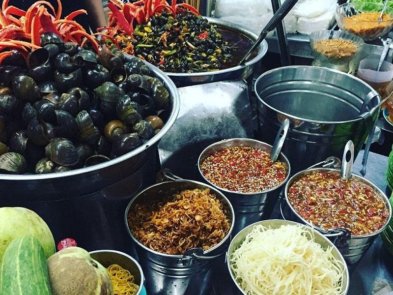 Ốc hút là món ăn vừa ngon, vừa rẻ mà lại dễ kiếm ở Đà Nẵng