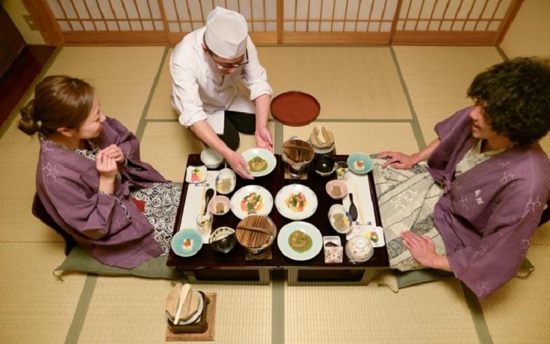 Dùng bữa đúng chất Nhật Bản