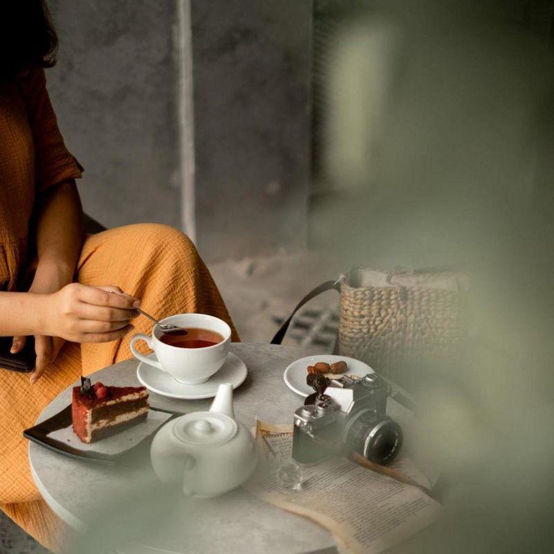quán cà phê tụ tập xuyên đêm ở Sài Gòn