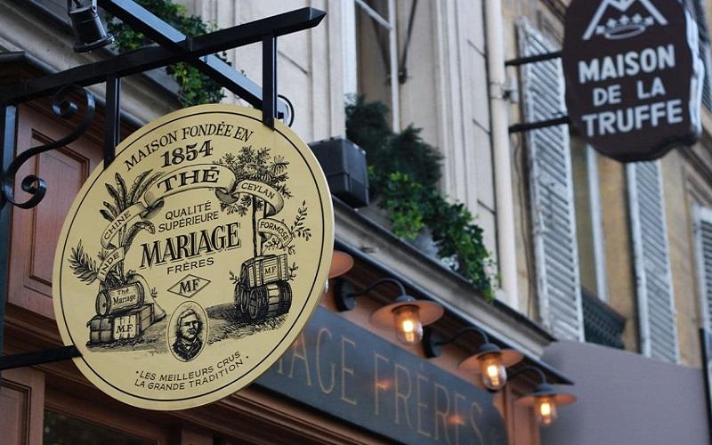 Quán trà xa xỉ trở thành điểm đến quen thuộc của giới thượng lưu Pháp