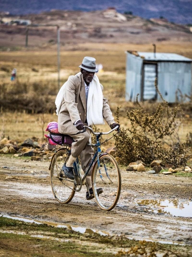 Xe đạp là phương tiện đi lại chính của người dân nơi đây