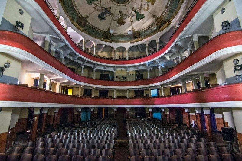 Bên trong một Nhà hát opera tại thủ đô với phong cách kiến trúc Ý