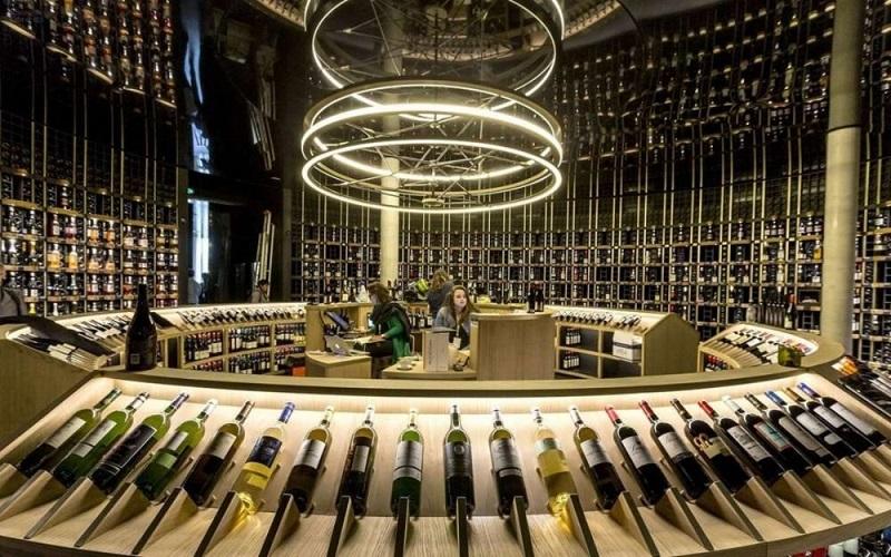 Bên trong bảo tàng rượu vang thành phố Bordeaux
