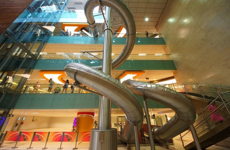 ống trượt sân bay Changi