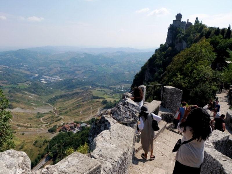 """San Marino - đất nước """"tí hon"""" có gì lạ?"""