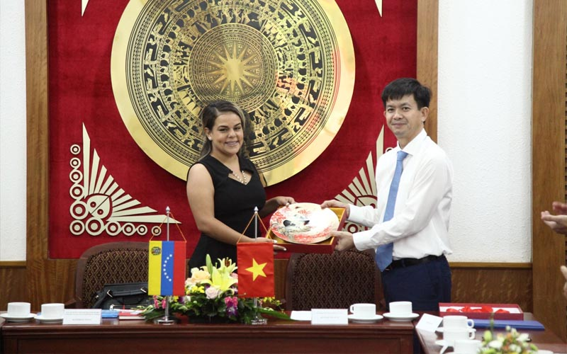 Tăng cường hợp tác VHTTDL giữa Việt Nam - Venezuela