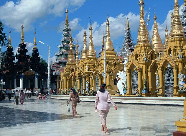 Kết quả hình ảnh cho không mặc váy ngắn vào chùa ở thái lan