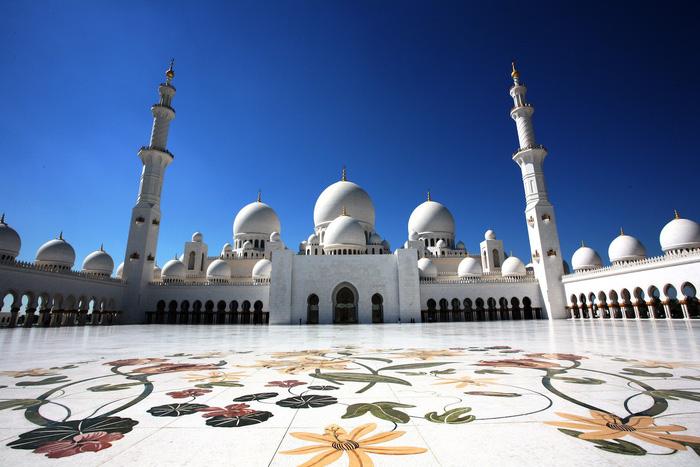 Thánh đường hồi giáo ở Abu Dhabi - Sheikh Zayed