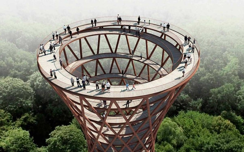Ấn tượng với tháp quan sát hình xoắc ốc ở giữa rừng Đan Mạch