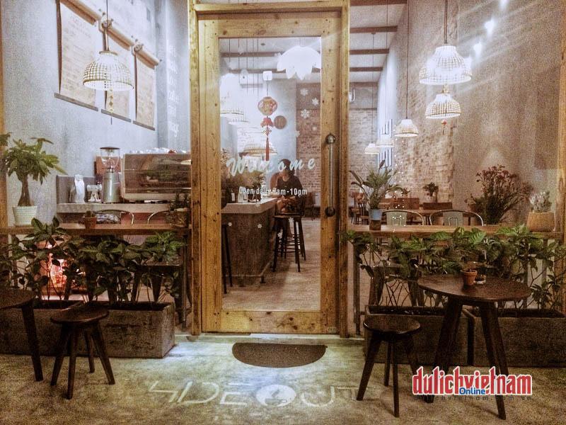 Tránh nơi huyên náo tìm về The Hideout Café Đà Nẵng