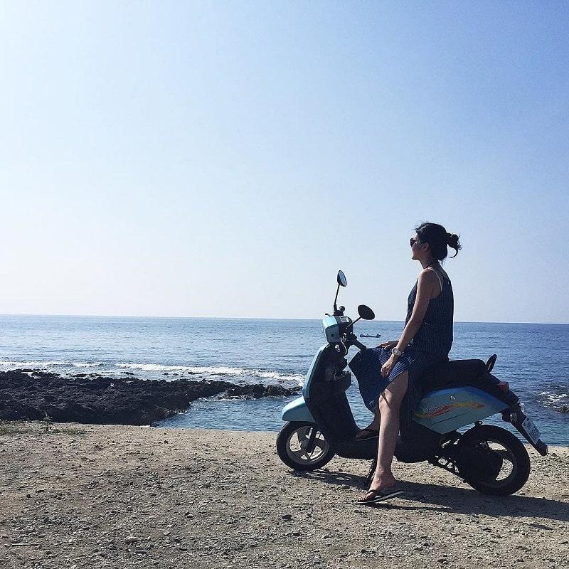 Thuê xe máy khám phá quanh đảo Tiểu Lưu Cầu