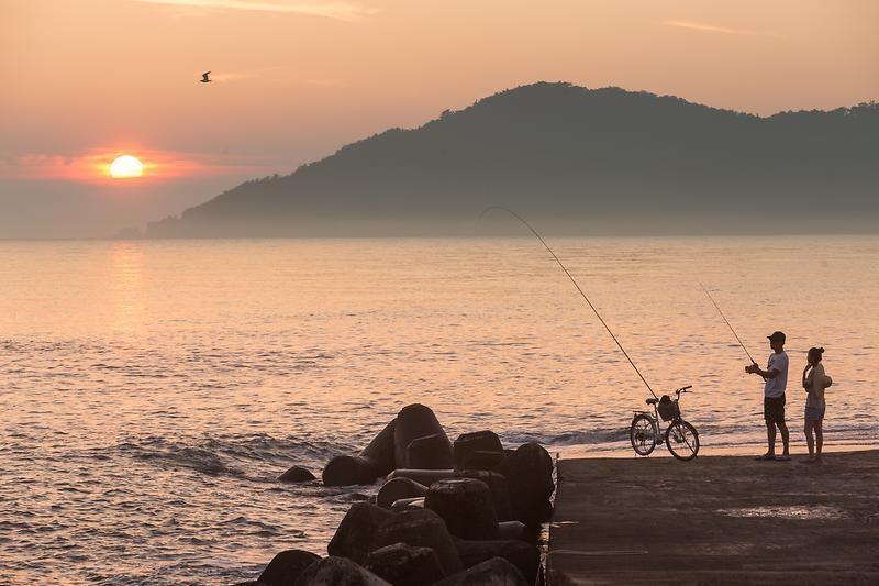 Trải nghiệm câu cá ở đảo Deokjeokdo