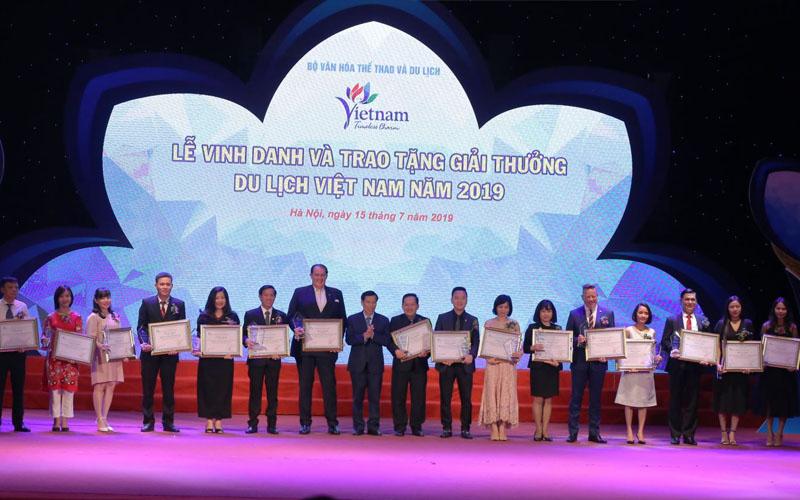 Vinh danh và trao tặng Giải thưởng Du lịch Việt Nam năm 2019