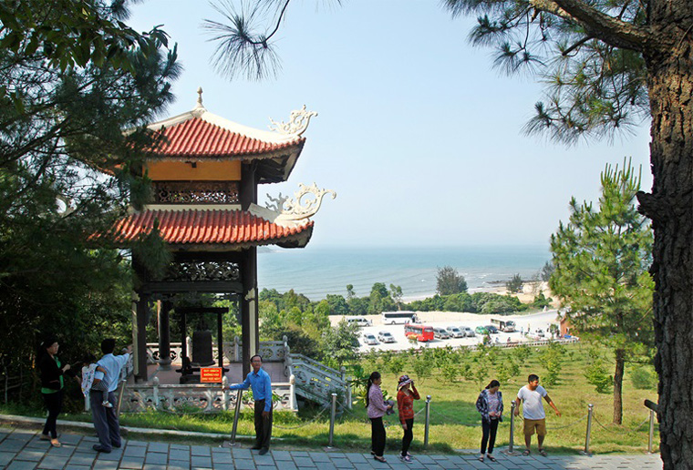 Visit Vung Chua Yen Island- the peaceful resting place of General Vo Nguyen Giap