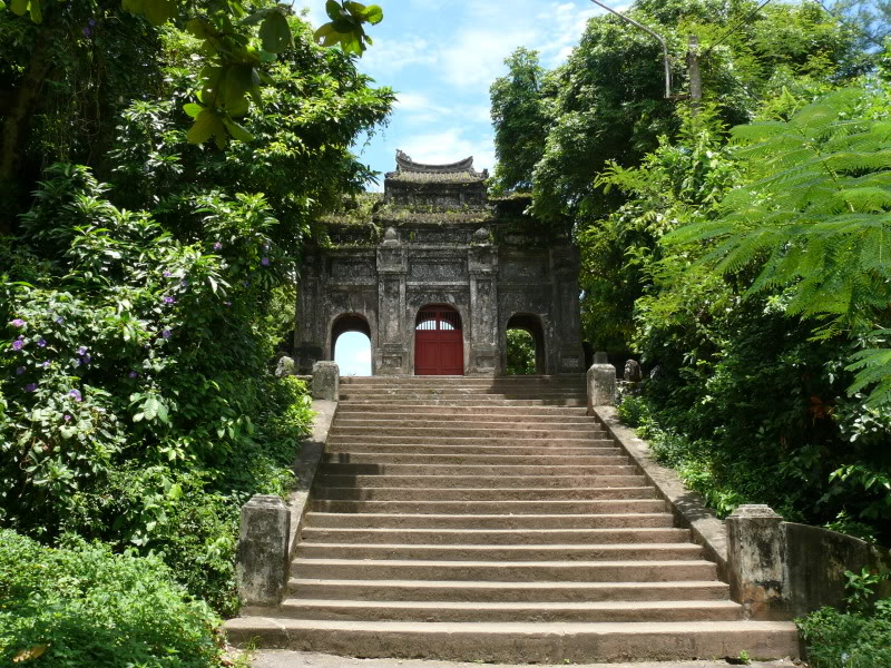 Top 6 most beautiful pagodas in Hue