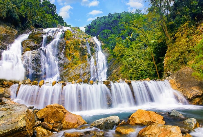 Minh Long Waterfall Tourist Area - the most famous tourist destination in Quang Ngai