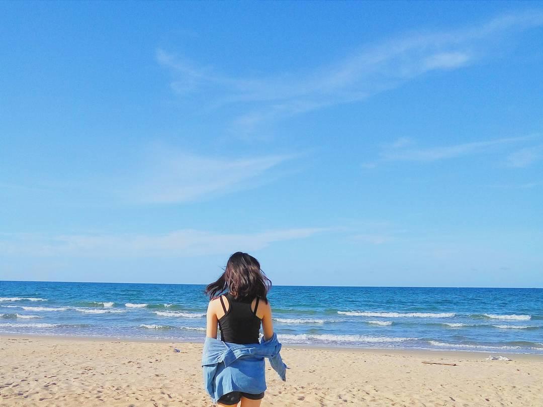 Thuan An beach travel experience