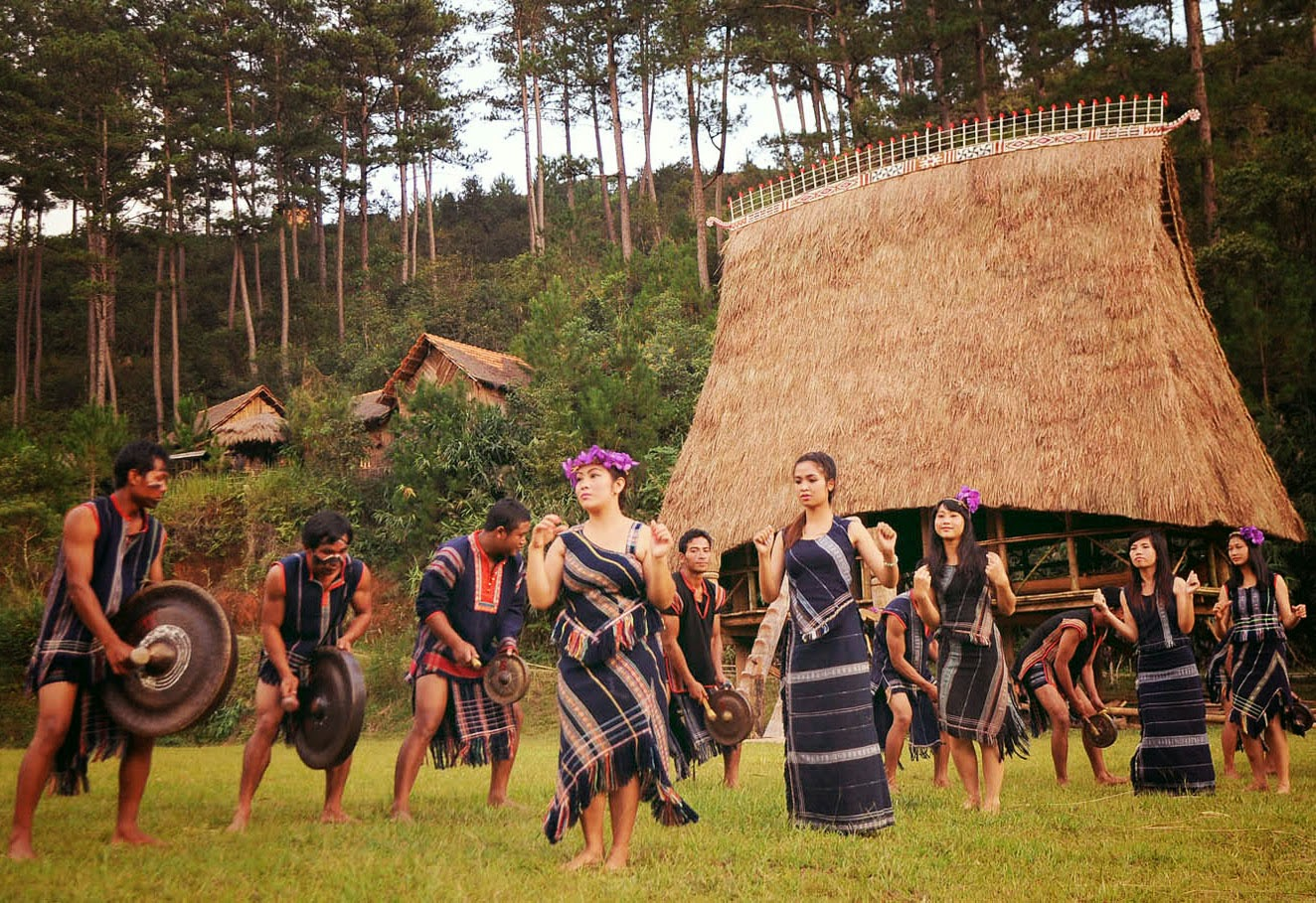 Revel in the legendary beauty of Don Village in the Central Highlands