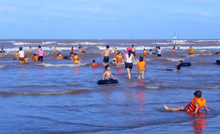 Bãi biển Cồn Vành - địa điểm du lịch nổi tiếng ở Thái Bình