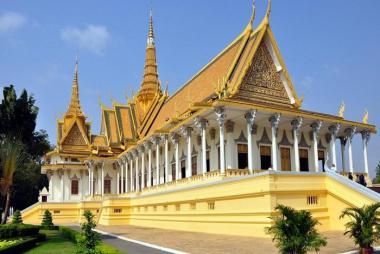 Buôn Mê Thuột - HCM - Phnom Penh - Thăm Cung Điện Hoàng Gia 2N1Đ