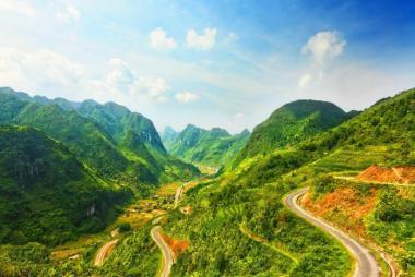 Huế - Hà Nội - Mai Châu - Mộc Châu - Điện Biên - Lai Châu - Sapa 4N3Đ