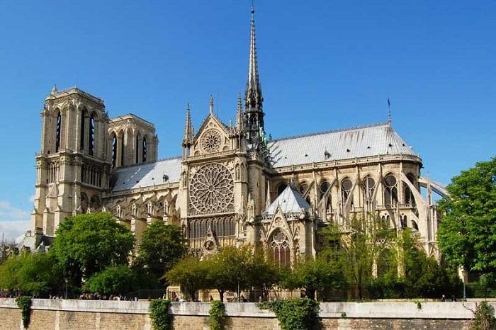 tour Châu Âu 8 ngày 7 đêm từ Quy Nhơn nhà thờ đức bà Paris