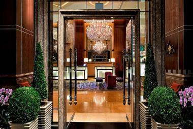 Combo Singapore 3N2Đ - Orchard Hotel 4* + VMB