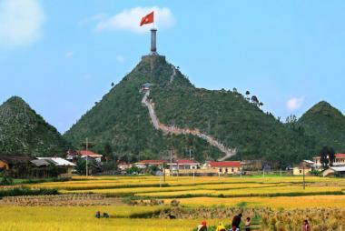 Hà Nội - Hà Giang - Yên Minh - Lũng Cú - Đồng Văn - Mèo Vạc 3N2Đ