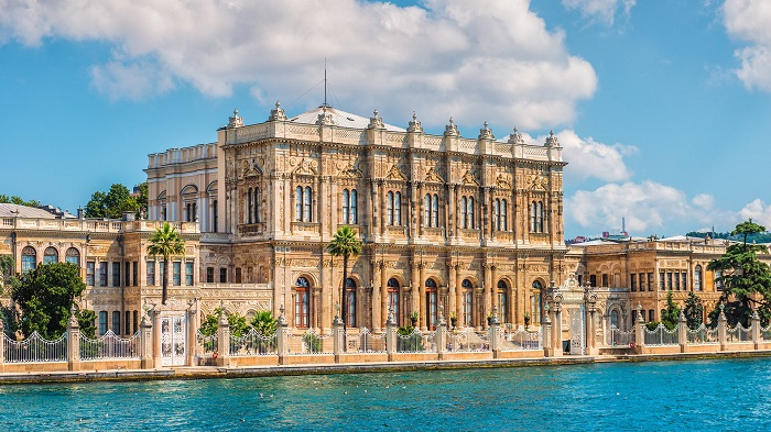 The-Dolmabahce-Palace-istanbul