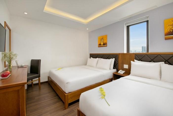 la_beach_hotel_superior