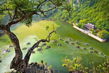 HCM - Hà Nội - Ninh Bình - Hạ Long 4N3Đ + Vé Máy Bay + Buffet Tối