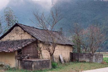 Đà Nẵng - Hà Giang - Cao Nguyên Đá Pác Bó - Thác Bản Giốc - Động Ngườm Ngao 4N3Đ + Vé Máy Bay