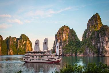 HCM - Hà Nội -Hạ Long -Du Thuyền  Signature 5* 3N2Đ + Bay Viet Jet Air