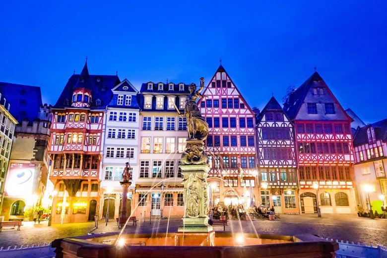 HCM - Pháp - Đức - Bỉ - Hà Lan 8N7Đ