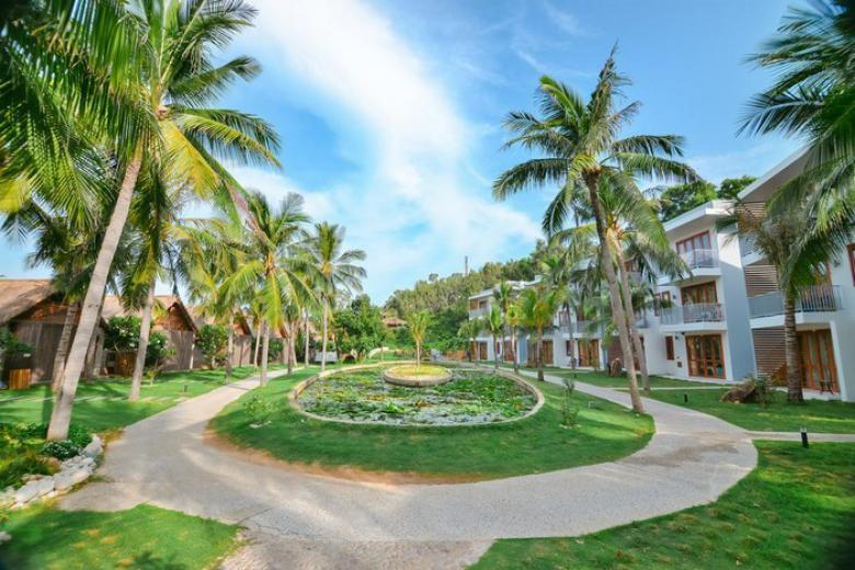 Combo Quy Nhơn 4N3Đ - Kết Hợp FLC Quy Nhơn Resort 5* & Khách sạn 4 * + Vé Máy Bay