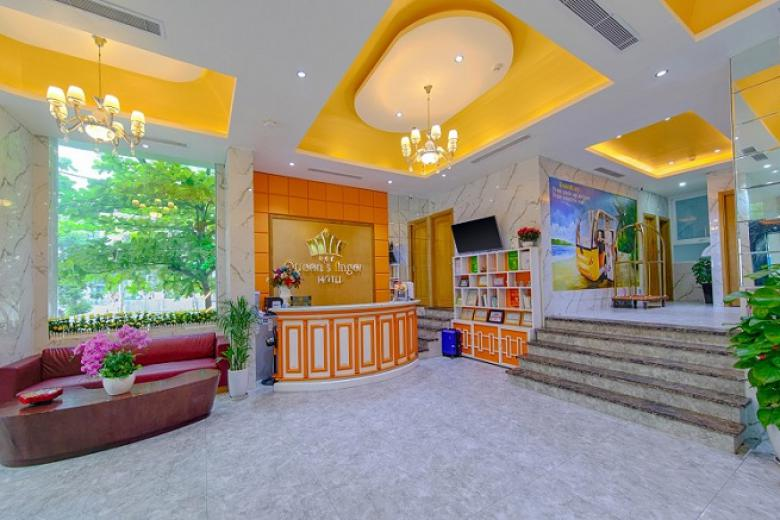 Combo Đà Nẵng 4N3Đ - Queen's Finger Hotel 3* + Vé máy bay