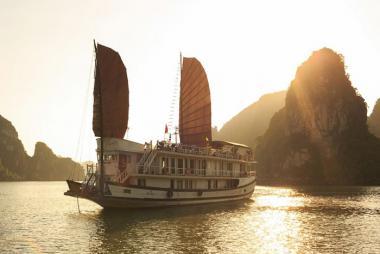 Hà Nội - Hạ Long 2N1Đ - Du thuyền Apricot Cruise 3*