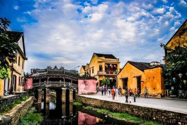 Landtour Đà Nẵng - Bà Nà - Sơn Trà - Hội An - Huế 4N3Đ