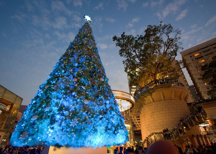 Christmas_in_Hong_Kong-565b5b243df78c6ddf5a14aa
