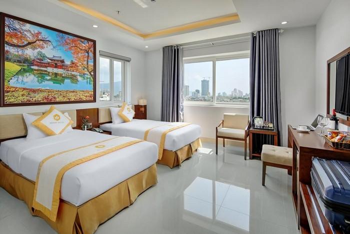 merry_hotel_phong2