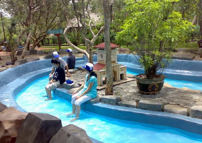 Khu du lịch suối khoáng nóng Bình Châu tăng gấp 3 lần lượng khách