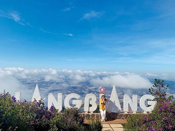Check in trên đỉnh Langbiang