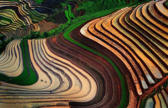 Hoàng Su Phì Hà Giang mùa nước đổ lấp lánh những sắc màu.