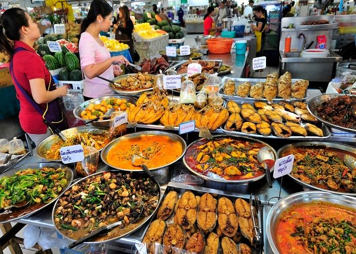 An Giang khai mạc hội chợ mua sắm và ẩm thực hàng Việt Nam - Thái Lan