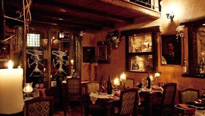 Nhà hàng Ý